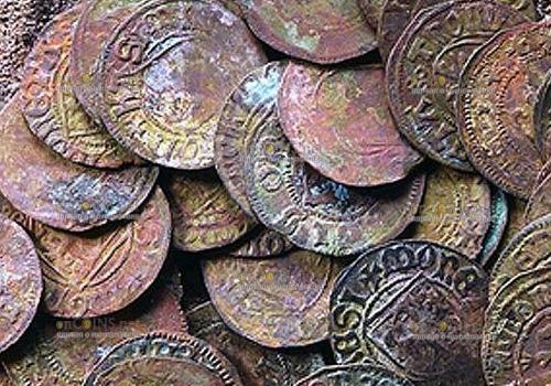 Более 8000 средневековых монет нашли в Германии