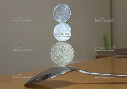 Монеты как материал для шаловливых ручек