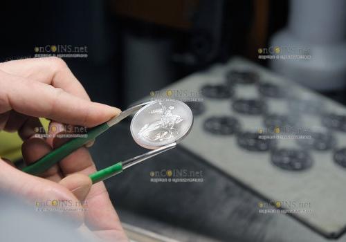 нумизматика - и монеты в частности, сегодня представляют интерес не только для нумизматов, но и для тех, кто хочет на них неплохо заработать