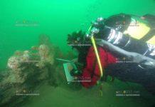 Морские археологи продолжают поиск артефактов на месте крушения судна Росовейк