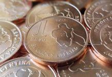 В Аргентине вышли новые ходовые монеты 1 песо и 5 песо