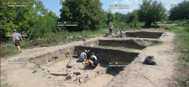 Польские археологи нашли в Болгарии две могилы римских легионеров