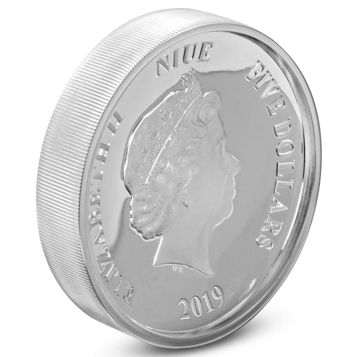 Ниуэ монета 5 доларов Дональ Дак и Пингвин, аверс