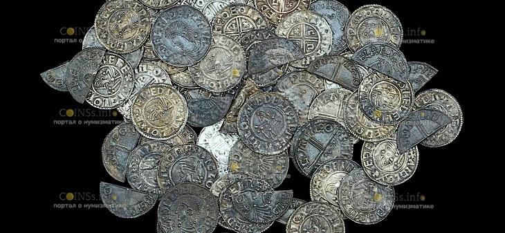 В Англии на территории графства Суффолк обнаружен клад серебряных монет
