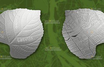 Латвия монета 5 евро Листы липы