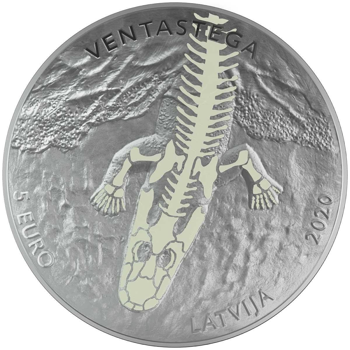 Латвия монета 5 евро Вентастега, аверс
