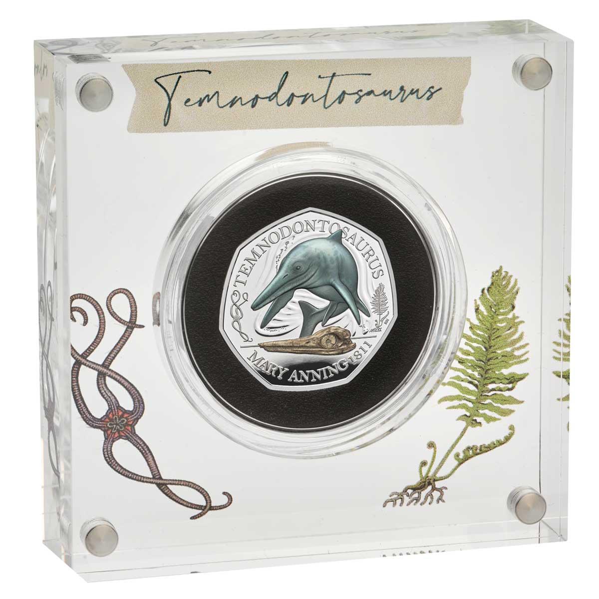 Великобритания монета 50 пенсов Темнодонтозавр, серебро + цвет, подарочная упаковка