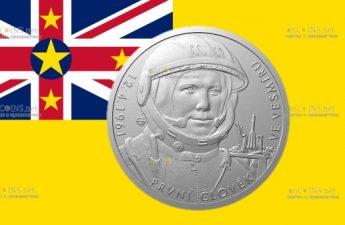 Ниуэ монета 2 доллара Человек в космосе